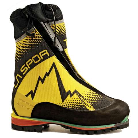 photo: La Sportiva Batura EVO mountaineering boot