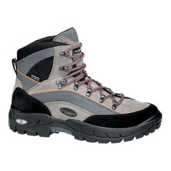 photo: Lowa Klondike Mid GTX backpacking boot