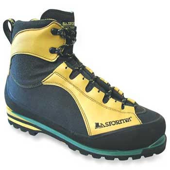 photo: La Sportiva Trango Extreme S mountaineering boot